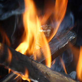 Firewood: Making a Fire