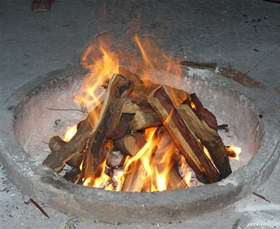 Sekelbos Firewood: A very hot fire
